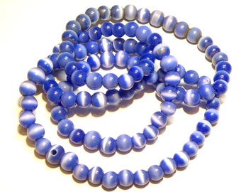 "DESTASH - 32"" Strand of Medium Sapphire Blue Fiber Optic Cat's Eye Round Glass Beads --- Lot 3A"