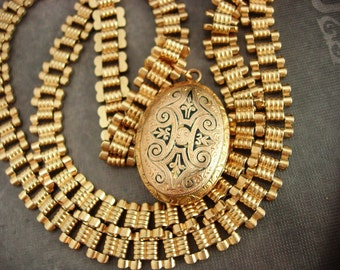 Antique Victorian Locket Bookchain necklace enamel black taille d' epergne Egg shape 1880s Secret keeper photo holder