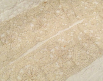 Vintage Lace Wide 70 inches x 4 3/4 inches wide SALE
