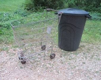 Vintage 1930s/40s Small Grocery Store Sturdy Metal Rolling Shopping Cart