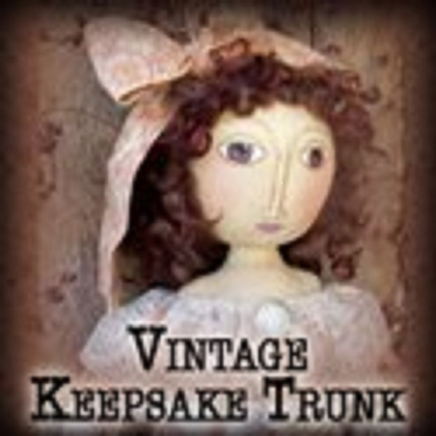 Vintage keepsake trunk by vintagekeepsaketrunk on etsy for Mygw