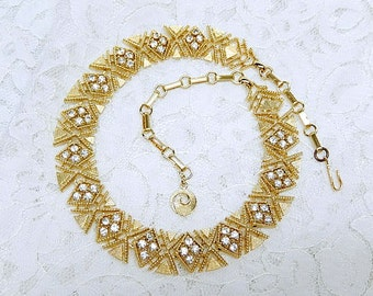 vintage LISNER necklace, gold tone, rhinestones, signed, geometric design, vintage jewelry