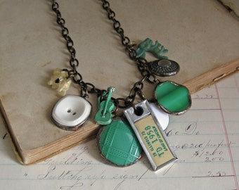 Retro Button Charm Long Necklace Statement Jewelry Green and White