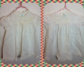 1950s Cherubs Little Girl's Dress with Smocked Bodice  in White or Antique White - Size 3 mo