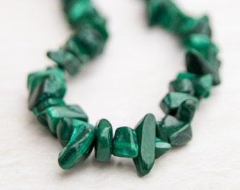 """Malachite, Malechite Small Chip Beads  5-10mm  LONG 34"""" strand Natural Bright Green"""