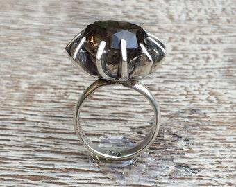 Vintage Modernist Ring Silver Smokey Quartz Mexican Silver