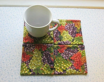 wine grapes hand quilted set of mug rugs coasters