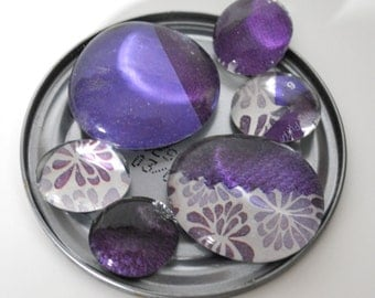 purple flower magnet or push pin set - made from recycled magazines, stocking stuffer, hostess gift, graduation
