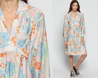 Babydoll Mini Dress 70s Mod Mini Floral Print Boho EMPIRE Waist Bohemian 1970s Pastel Blue Vintage Deep V Neck Long Sleeve Small