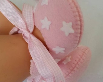 Pink with white stars woolfelt baby shoes