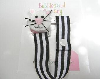 Boys pacifier clip, pacifier clip, pacifier holder, kitty cat pacifier clip, kitty cat baby gift, binky clip, binky holder baby shower gift