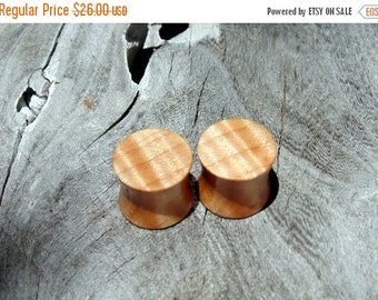 """Fall Sale 12.5mm quilted maple wood ear plugs, hand crafted 1/2"""" gauge set of organic flesh plugs"""