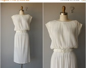 SUMMER SALE... Vintage 1970s Dress | White Jersey Dress | Vintage White Dress | 70s Dress | Serbin Dress | 1970s Cocktail Dress