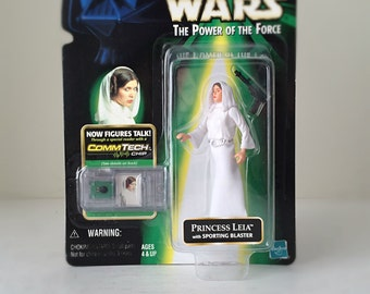 Princess Leia Star Wars Action Figure with Blaster and Display Stand - 1990's Kenner Star Wars Kids Toy, A New Hope - Carrie Fisher