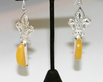 Fleur De Lis Sterling Silver And Butterscotch Amber Stone (E2)