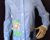 Adorable Women's Homemade Appliqué Country Blouse Shirt Quilting Thimble Weeds
