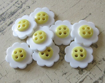 Vintage Style Sweet Daisy Sew Through Buttons