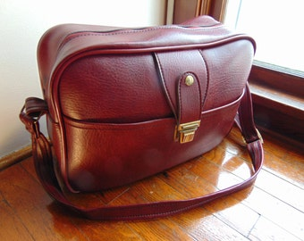 Vintage 1960s-70s Carry-on Weekender Overnight Travel Bag Luggage Satchel Maroon