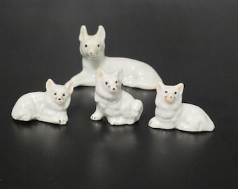 Vintage Miniature White German Shepherd Mother & 3 Baby Porcelain Figurines / Mama Dog Tiny Puppies Family K9 Animal Pet Instant Collection