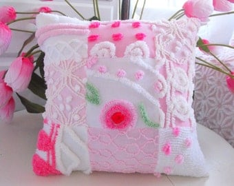 SWEETEST COTTAGE STYLE Vintage Chenille Patchwork Pillow