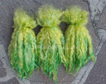 green long wool locks for Doll Hair 8-10 in - Blythe Doll Hair , reroot Art Dolls,bjd , momoko, pullip, waldorf dolls by lafiabarussa