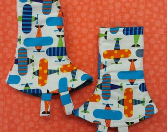 Tula or Kinderpack Corner drool Pads, ready to ship. Airplanes, 1 pair 2 pads. 1-2 days shipping, Reversible  with Fabric Tags