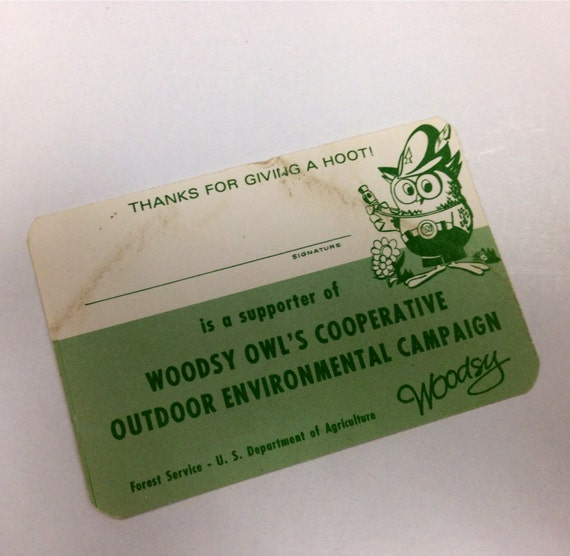 Vintage Woodsy Owl official membership card 1972, outdoor, environmental campaign, give a hoot don't pollute green white