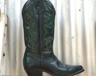 emerald green, vintage cowgirl boots, by Boulet, women's size 6