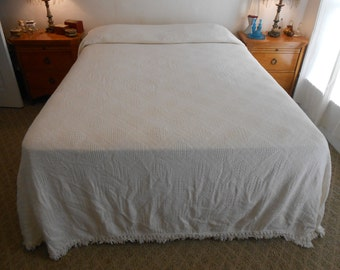 "Off White Cotton Weaved Bedspread/Heavy & Thick/Diamond Pattern/Size 115"" by 96"""