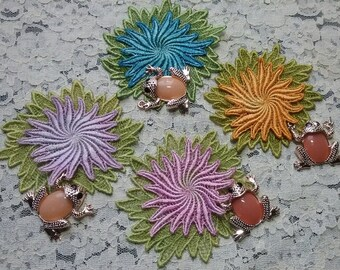 Lily Pad Lace 2D Flower Hand Dyed Venise Lace Embellishment Set