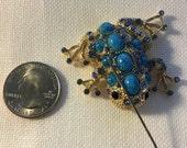 Frog Toad-Sapphire Rhinestone NEEDLE MINDER Cross Stitching-Cross Stitch-Embroidery-Hand Embroidery-Needlepoint