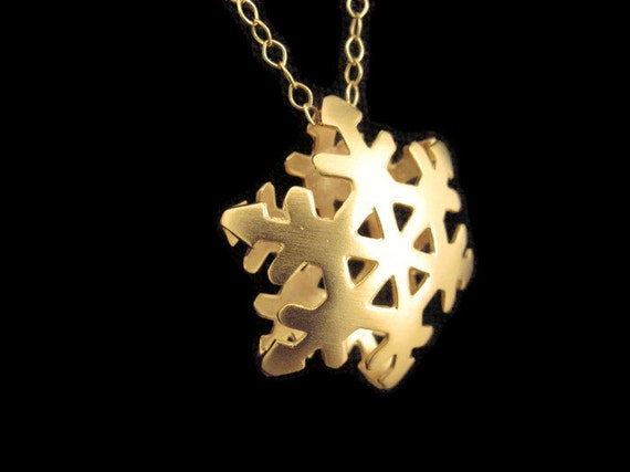 Snowflake necklace gold plated brass, snowflake necklace gift, snowflake pendant, snowflake Christmas jewelry gift, snowflake jewelry