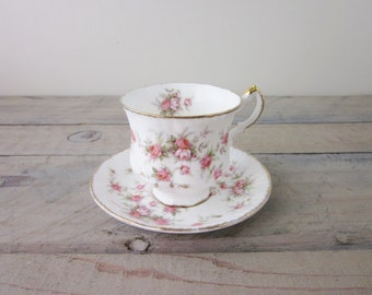 Vintage Paragon Bone China Teacup Victoriana Rose