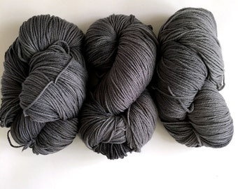 MID Grey/Gray Organic Wool Worsted Weight 12 Ply Yarn 200g (21oz)