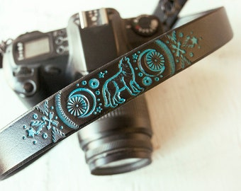 Custom Leather Camera Strap - Howling Coyote - Wolf Moon - Spirit Animal Totem  - Personalized - Handmade & Handpainted by Mesa Dreams