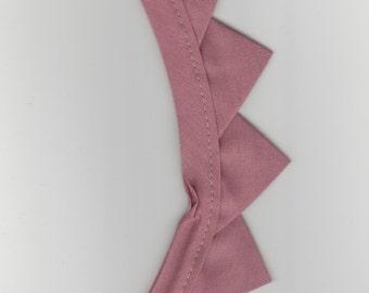 "2 yards of Mauve triangle trim 3/4"" wide cotton"