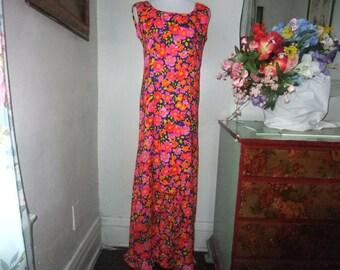 Stunning 1970'ss Maxi Dress