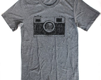 Vintage Camera T Shirt UNISEX/MENS  -  Available in S M L XL and four shirt colors  -  photography film