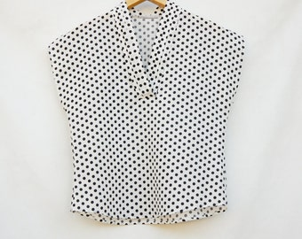 Vintage 80s-90s Short Sleeve Polka Dot Blouse Top Retro High Fashion
