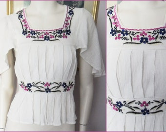Vintage 70s Cotton India Gauze Embroidered Floral Flutter Sleeve Top.Small.Bust 34.
