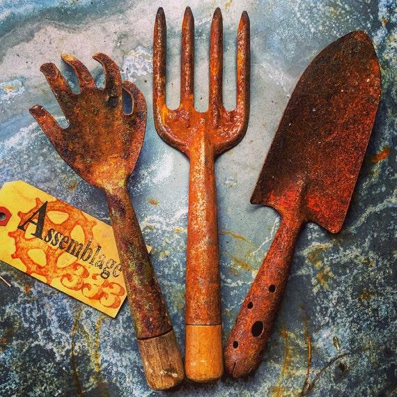 Vintage garden tools hand trowel rake and fork set of for Garden tools hand rake