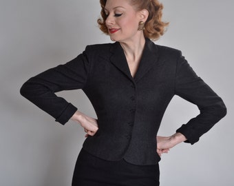 Vintage 1940s Charcoal Suit Jacket - 1950s Fit and Flare - Fall Fashions Size S/M
