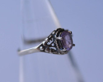 Amethyst Ring Sterling Silver Filagree and Amethyst Ring Size 5.25