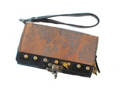 "Leather Clutch Phone Wallet Wristlet Printed Floral in Ebony and Toffee "" Berlin Clutch"""