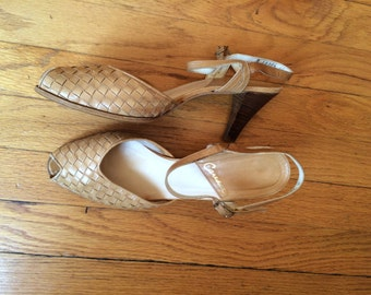 WEEKEND SALE 25% OFF / vintage 1880's woven leather slingback peep toes / womens heels / womens shoes / strappy sandals / vintage pumps