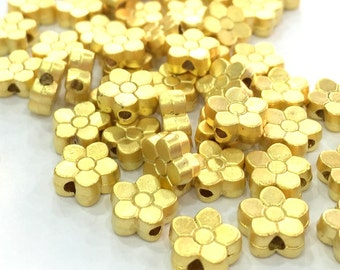 10 Pcs (8 mm)  Gold Plated Metal Flower Beads   G4703