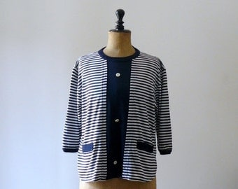 40% OFF SALE // Vintage 1980s white and blue striped blouse. nautical banded shirt