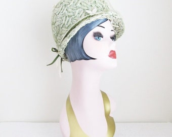 40% OFF SALE Vintage 1960's Green Cloche Costume Hat / Ladies Sage Green Couture Derby Top Hat