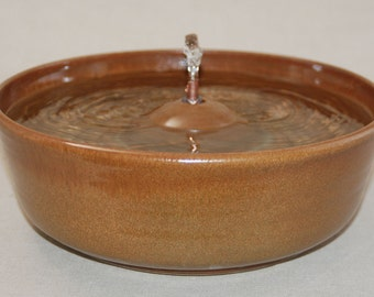 "Cat Drinking Fountain - Dog Fountain - Pet Fountain - Indoor Fountain - 11 Inch Diameter ""Nutmeg"""