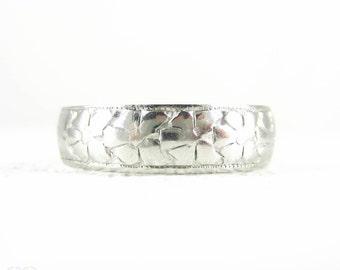 Art Deco Platinum Wedding Ring, Ladies Engraved Wide Orange Blossom Flower Pattern Platinum Wedding Band, Circa 1920s. Size L / 5.9.
